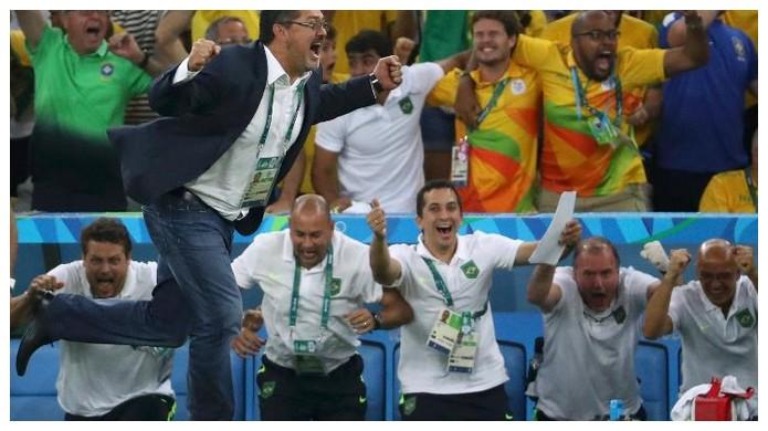 2e9f11bcce Brasil Ouro Olimpico Campeões do Futebol